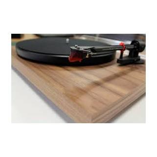 Проигрыватель пластинок Pro-Ject Debut Carbon DC 2M-Red  Walnut